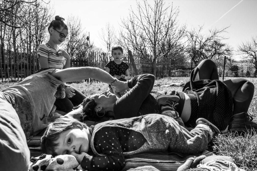 photographe famille lifestyle couple enfant bébé valence session photo shooting drome montélimar