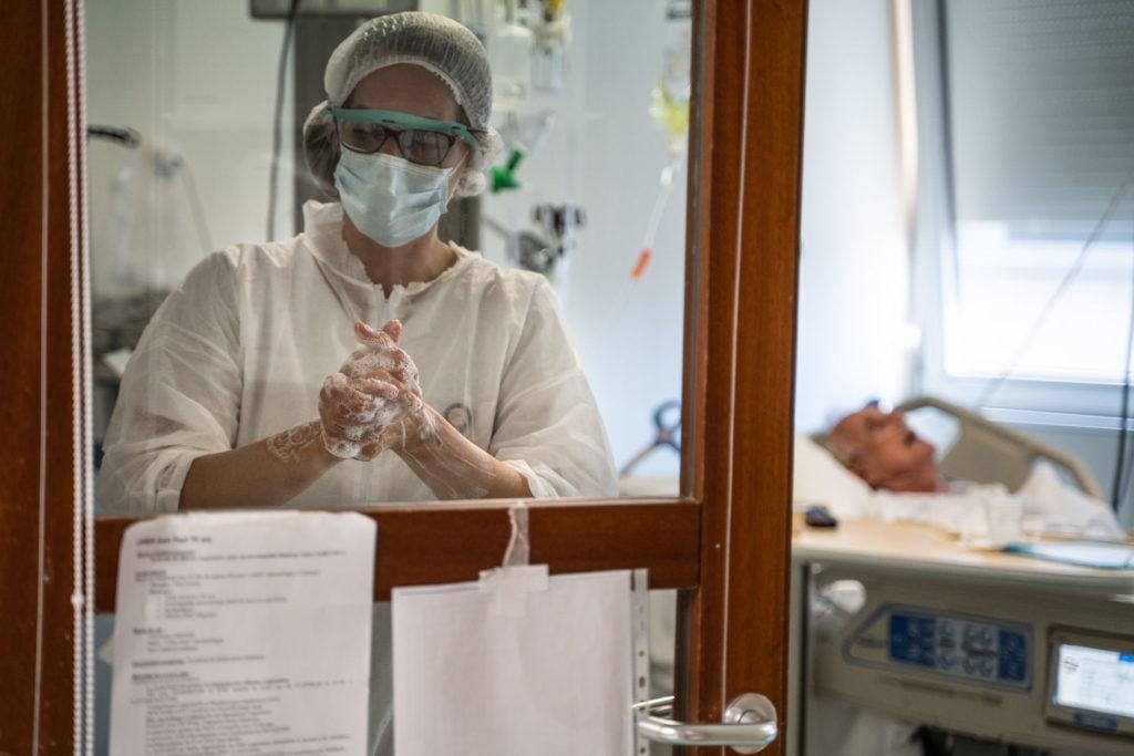 Reportage photo Montélimar Instants de vie des infirmiers et médecins pendant le confinement dans la drome